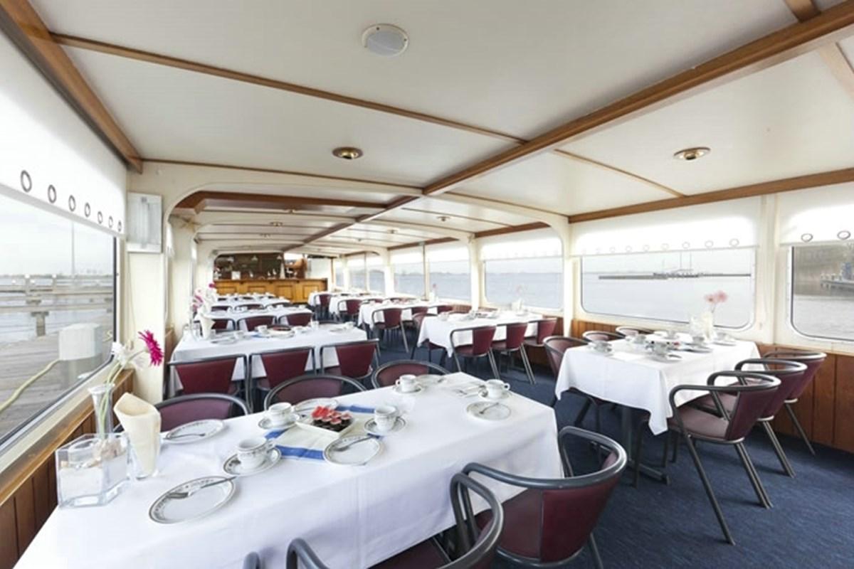 Partyboot Akersloot: altijd feest op de Claes Horn